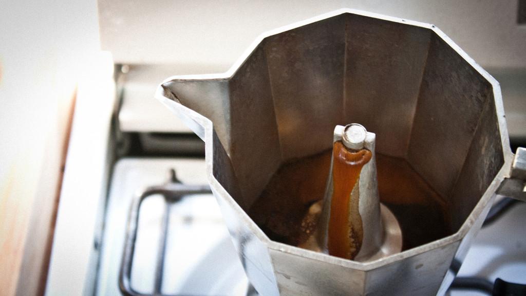 Moka Pot Crema Moka Pot Crema This is a Good Thing of Course it Takes Good Beans to do